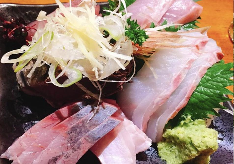 sashimi e1567759149530 - 【三軒茶屋ランチ確定版】味・コスパ・雰囲気どれも大満足なランチ3選!