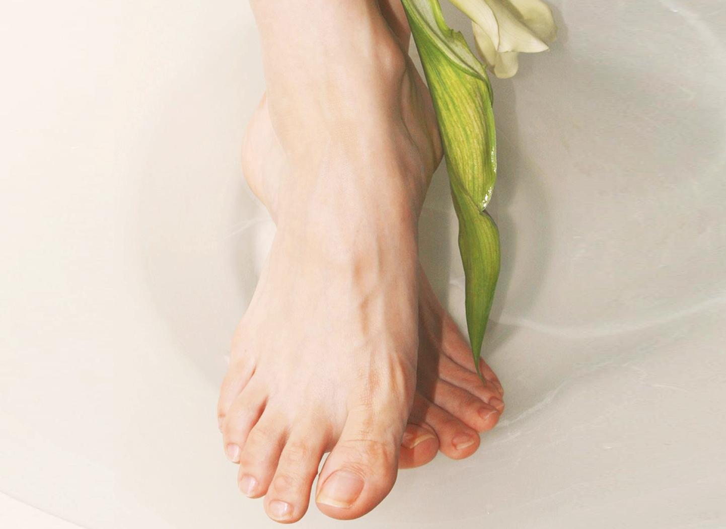 【外反母趾を始めとする10万人以上の足のトラブルをケアで改善】銀座のフットケアサロン・フットケアスクール|フット専門店ロワ
